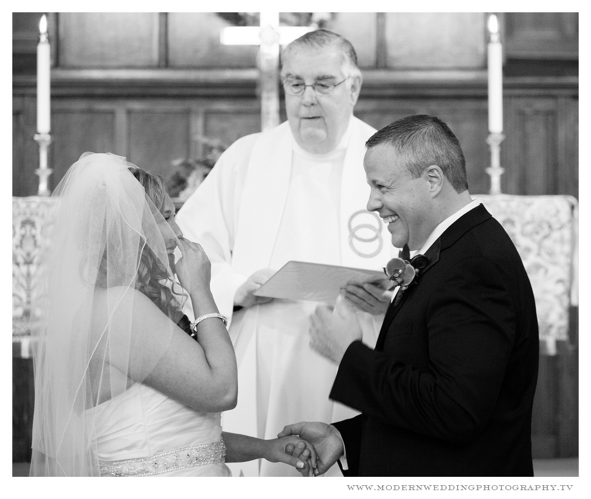 Saint James United Methodist Church Lynbrook- Modern wedding Photography 14 .jpg